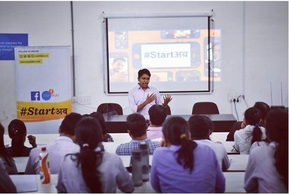 Josh talks Vadodara - social media marketing course for students in Sumandeep Vidyapeeth, Vadodara