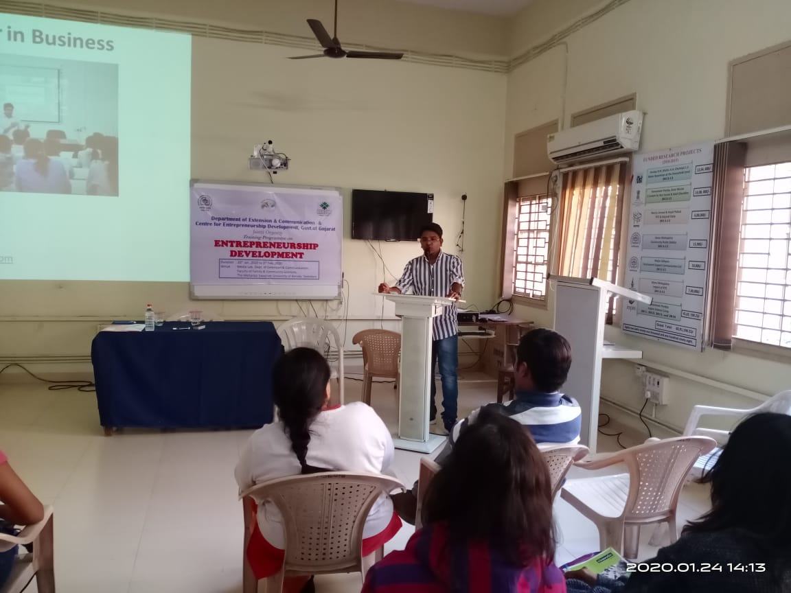 Digital marketing course in MSU by dipeshpreneur